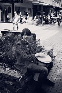 Street performer - Cuba st