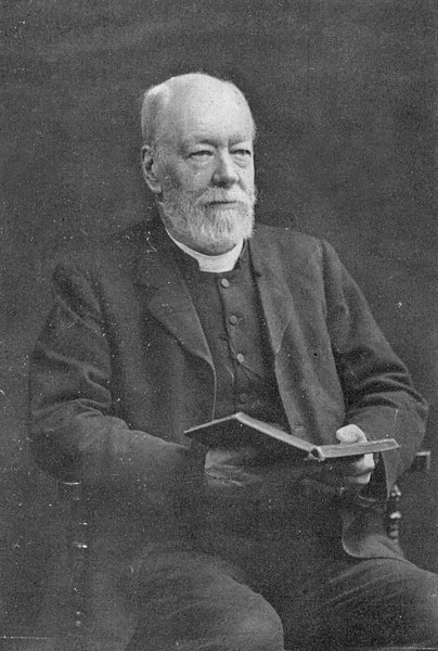 <font size=3><u> - Reverend J E Field  </u></font> (BS0126)  1881 to 1922.  Born Wallingford, he became Vicar of Benson in 1881.