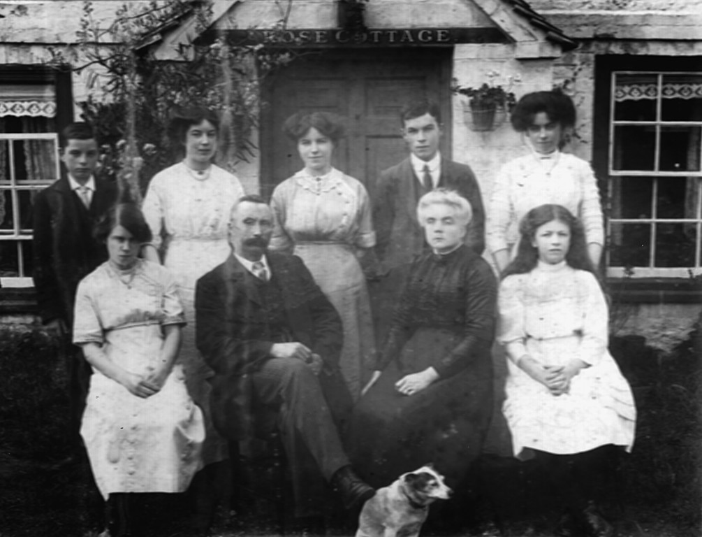 <font size=3><u> - The Haines Family - 1913 -  </u></font> (BS0150)  Photo taken at Rose Cottage, Old London Rd.  Back row Left to right:- Bernard, Elizabeth, Ellen,Tom,Annie Front row left to right:- Kate,Thomas,his wife Sarah,Victoria may.