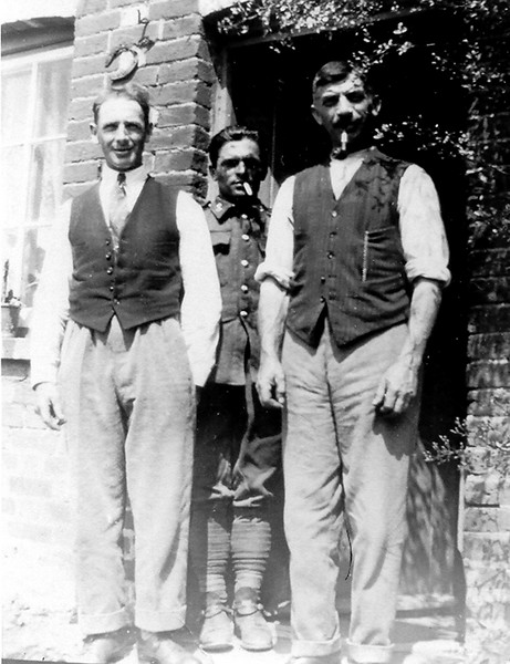 <center><font size=3><u> - Group outside No 4 Birmingham Yard -  </u></font> (BS0480)  c1910.  From left to right: Ernest Townsend, Walter Field & his father, Edward Field. </center>