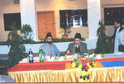 Hazrat Mirza Masroor Ahmad before Khilafat - with Sadar Khuddam ul Ahmadiyya Pakistan