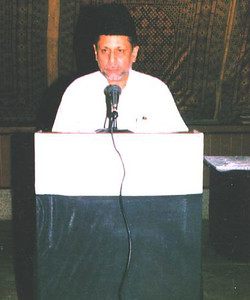 Hazrat Mirza Masroor Ahmad Khalifatul Masih V before Khilafat