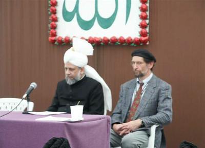 Khalifatul Masih V (aba) with Amir Jamat Germany, 2003