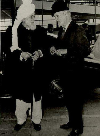 A meeting with Hazrat Khalifatul Masih III (r.a.)