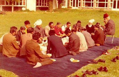 At a picnic with Jamaat workers