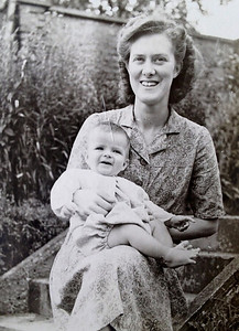 Ian with Mum 1948