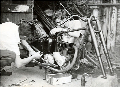 The day the BSA C11 arrives curtesy of John Fowles an old friend. Here John & I set about stripping the machine down to the bare frame.