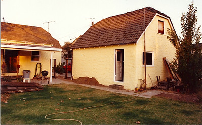 One of my first tasks was to replace the fence between the house and garage