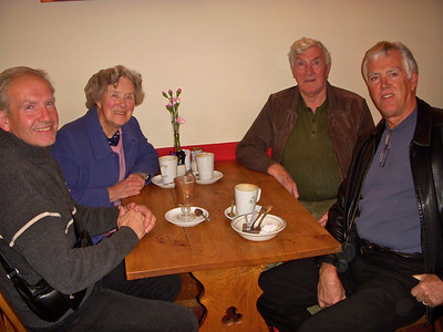 Steve, Mum, Dad & Ian in good news for lunch
