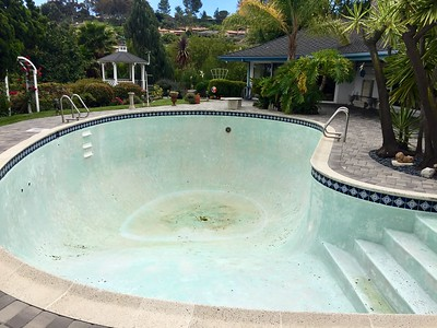 After a 1/2 hp pump and 30hours the pool is now empty