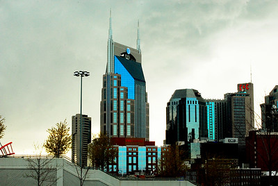 Downtown Nashville from the Shelby St. pedestrian bridge.