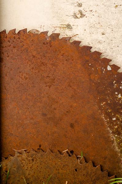 sawblades.jpg