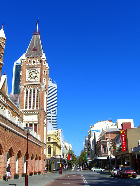 Perth Highlights Tour 662, 672, 667