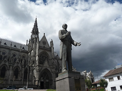 Monument outside the Basilica del Voto Nacional