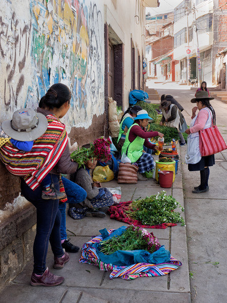The next 6 photos were taken at a market in the village of Izcuchaca in the Anta province of Peru.