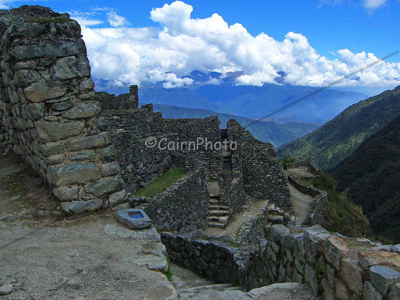 The Sayaqmarka ruins were beautiful and rich with cultural history.