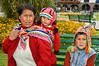 Mujer Peruana en la plaza