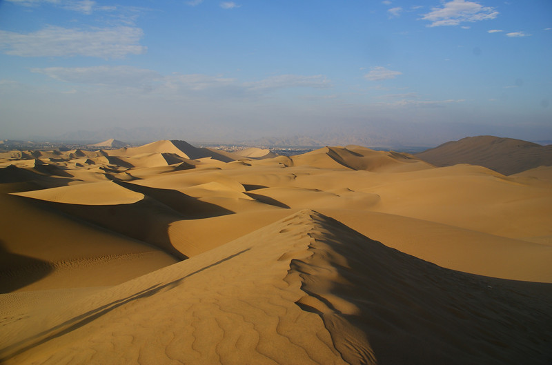 Visiting Huacachina, Peru to see its massive sand dunes!