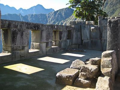 Мачу-Пикчу. Солнце в храме трех окон/Machu Picchu. The sun in the temple of three windows.