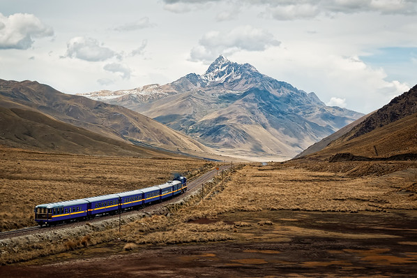 Train on the way to Puno