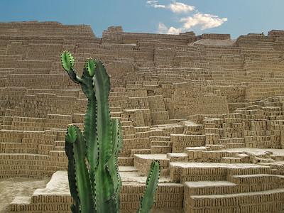 Huaca Pucllana - Clay Pyramid Temple