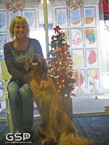Santa Paws 12-20-09 107