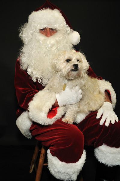 Santa_7811 robinson_angus