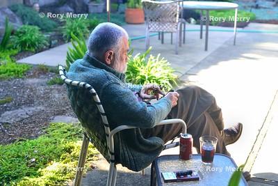 Peter Brötzmann Relaxes