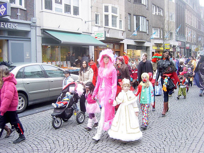 Kinder Carneval op de Sjaol in Wieck