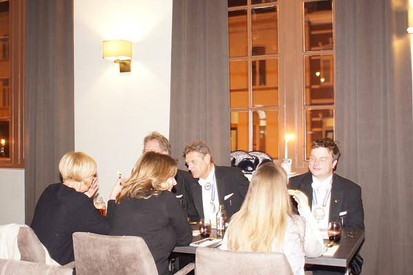 aofsleting vaan de Wieker Paraad bij NOVO New Dining