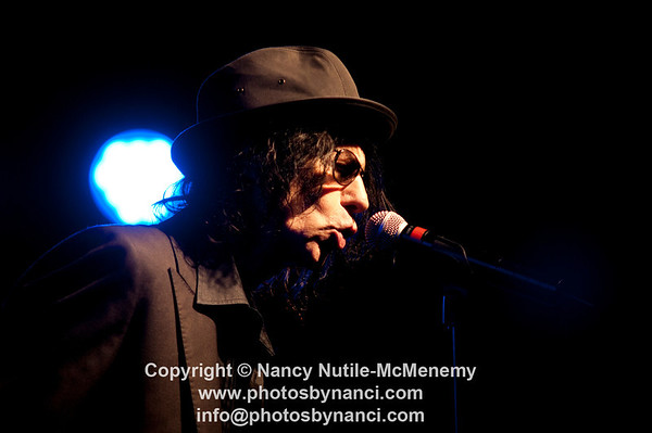 Peter Wolf and the Midnight Travelers Roy Sludge Duo and Special Guest Terry Adams (NRBQ) Tupelo Music Hall, White River Junction VT October 23, 2010 Copyright ©2010 Nancy Nutile-McMenemy www.photosbynanci.com More Images:  http://www.photosbynanci.com/peterwolf.html