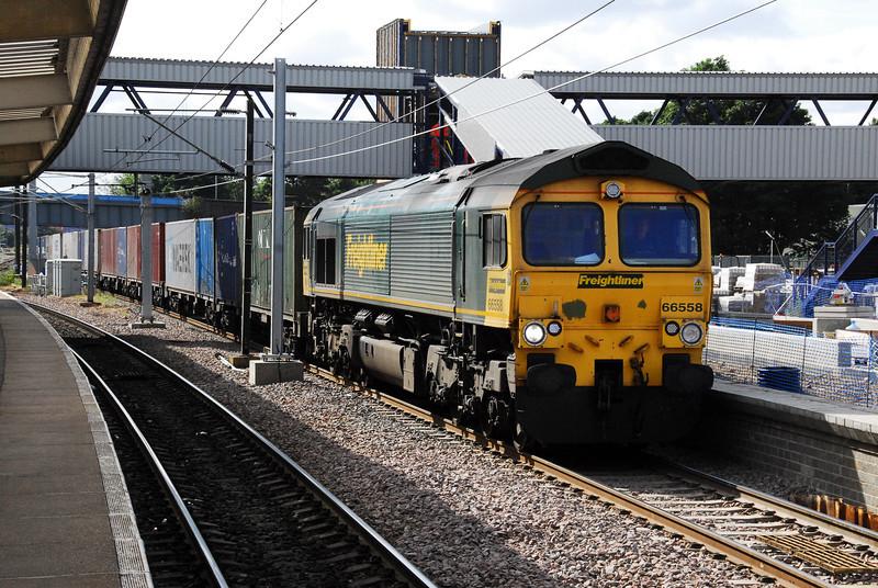 66558 4E22 05:41 Felixstowe - Leeds