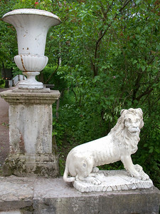 Lion on Italian staircase