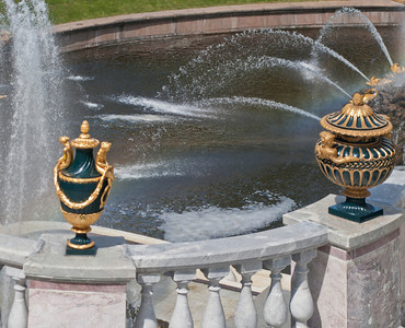 Vases on balustrade of Grand Cascade scoop