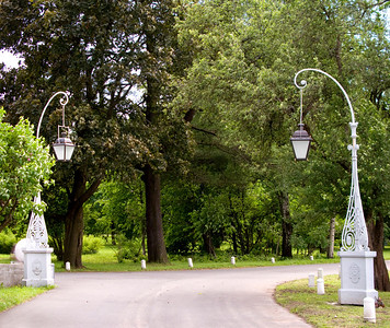 Elagin island. Lamps at the path.