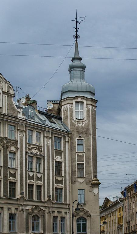 Stone-Island avenue, building near Austrian square