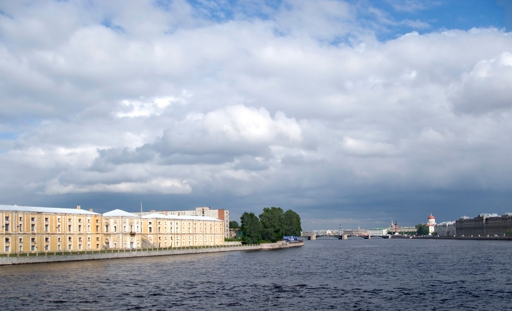 View to Neva  from Tuchkov bridge