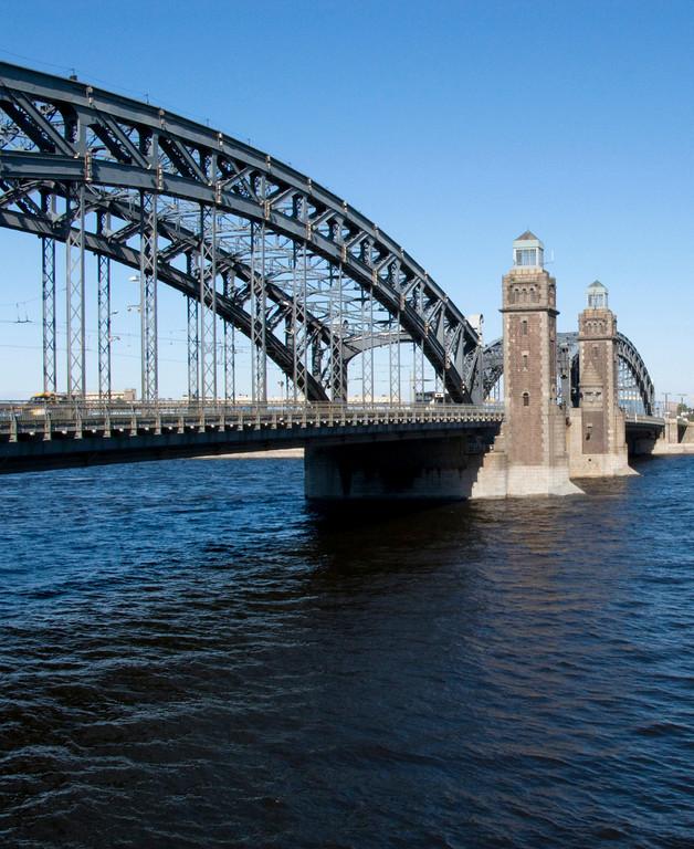 Large Ohta Bridge