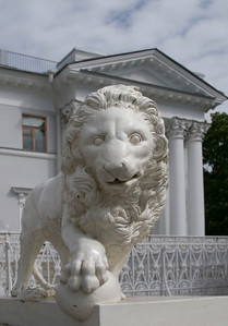 Elagin island,  Palace, Lion