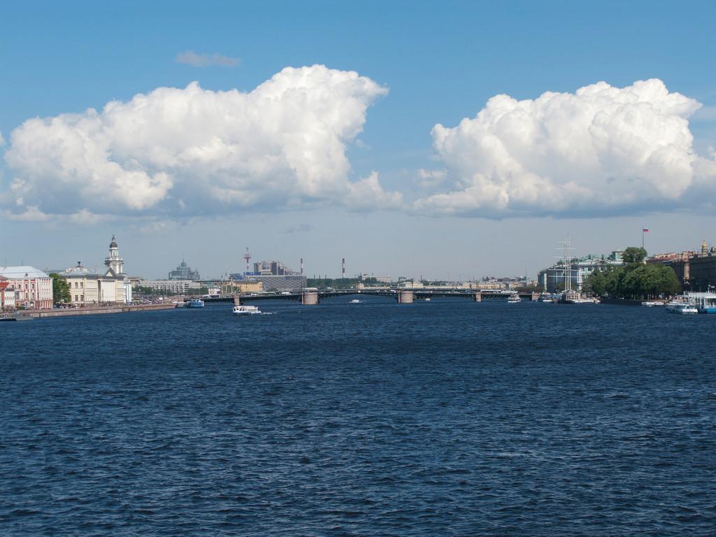 Neva. View to the Palace bridge.