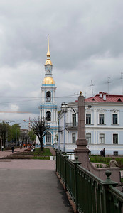 Bell tower of the Nikolo-Epiphany cathedral. View from Pikalov bridge.