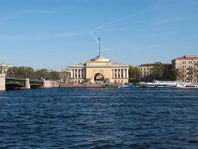 Palace bridge. Admiralty.