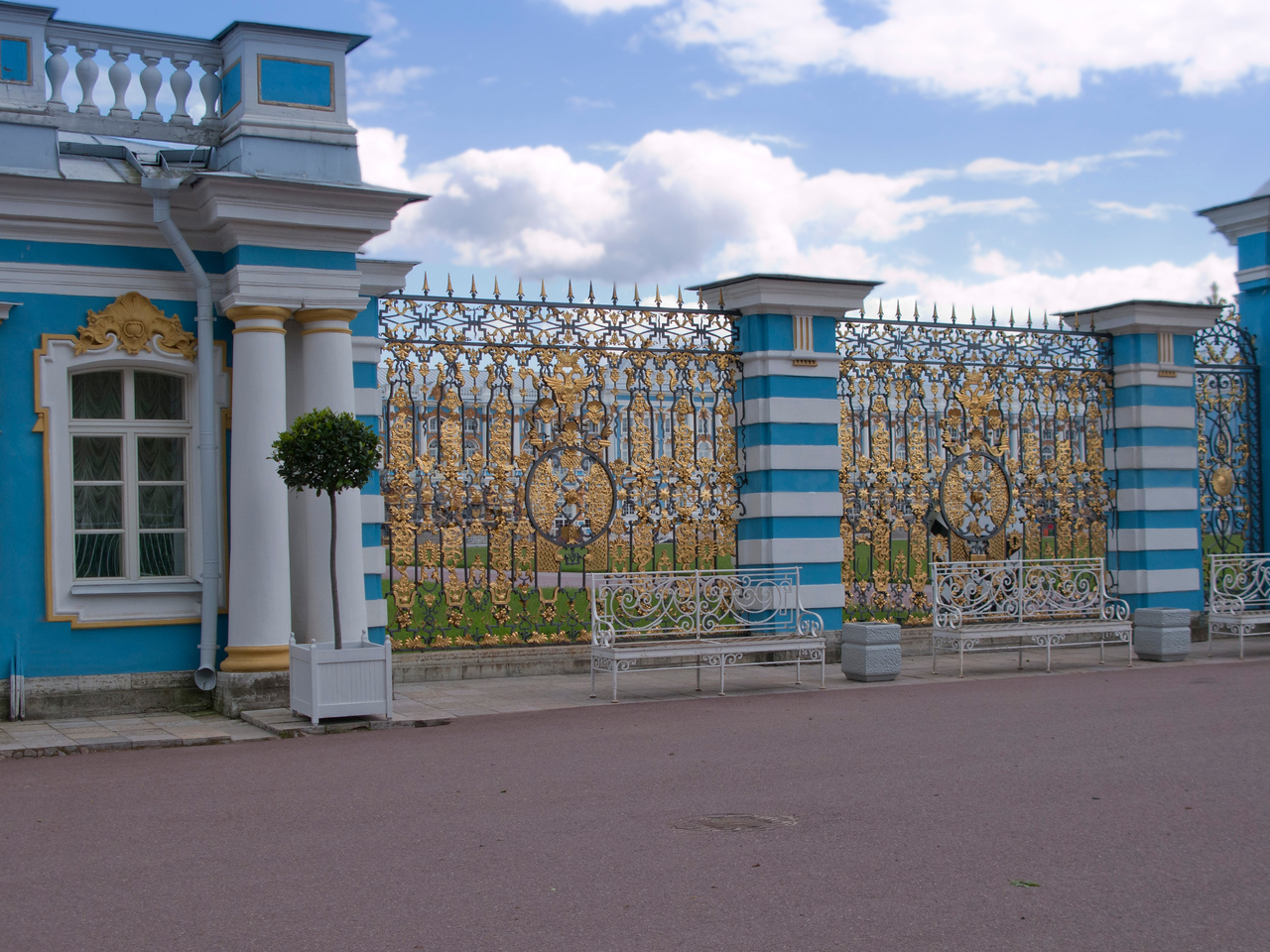 Grill of Ekaterina Palace.