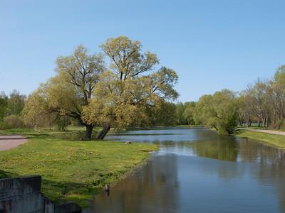 Meadow (Lugovoi) park. Nikol'skiy pond.