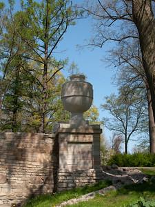 Alexandria Park. Ruin Bridge. Vase.