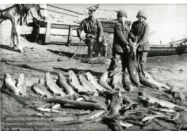 Kids Fishing-22