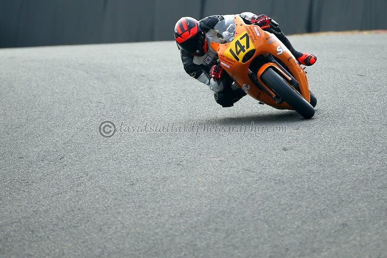 IMAGE: https://photos.smugmug.com/Petrol-Head/Motorcycles/BMCRC-Brands-Hatch-11-03-17/i-dzcGhkw/0/L/BH%2011-03-17%20%200106-L.jpg