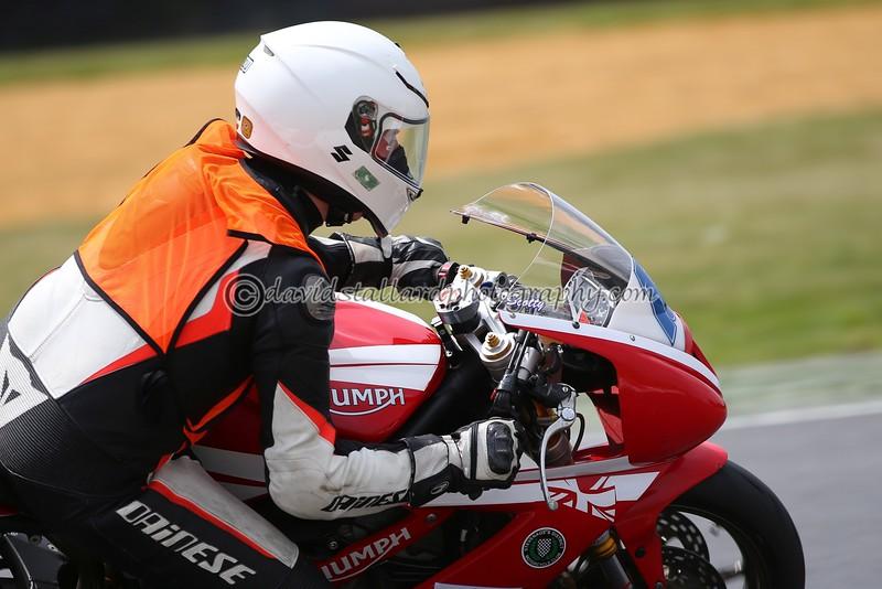 IMAGE: https://photos.smugmug.com/Petrol-Head/Motorcycles/BMCRC-Snetterton-28-05-16/i-FzzRSmB/0/L/BMCRC%2028-05-16%20%200471-L.jpg