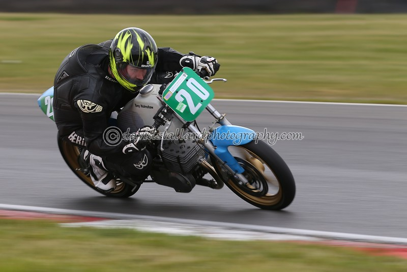 IMAGE: https://photos.smugmug.com/Petrol-Head/Motorcycles/BMCRC-Snetterton-28-05-16/i-Mjwh6vD/0/L/BMCRC%2028-05-16%20%200503-L.jpg