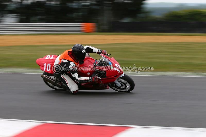 IMAGE: https://photos.smugmug.com/Petrol-Head/Motorcycles/BMCRC-Snetterton-28-05-16/i-gLXrqKx/0/L/BMCRC%2028-05-16%20%200545-L.jpg